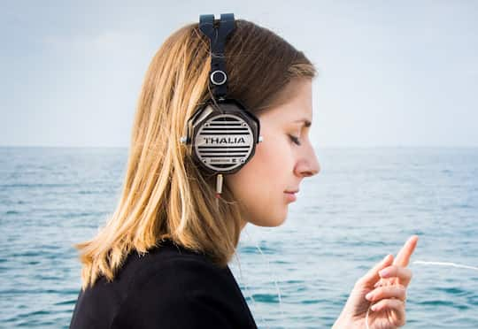 How Earworm Songs Help You Remember (M) post image