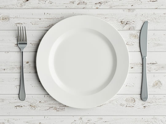 This Very Easy Change To Tableware Can Help You Eat 30% Less post image
